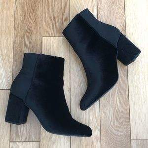JustFab Velvet Black Booties